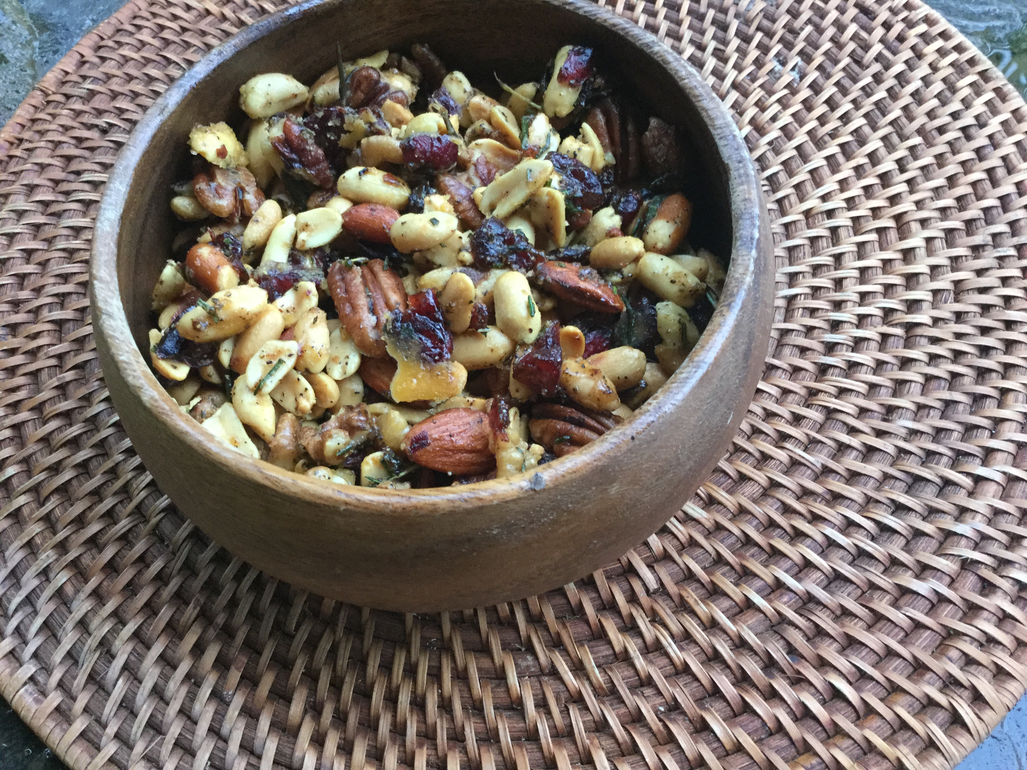 sweet-spicy-nuts-2